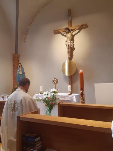 8. adorace v kapli sv.JNN